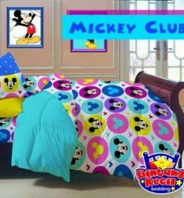 Sprei Star Mickey Club