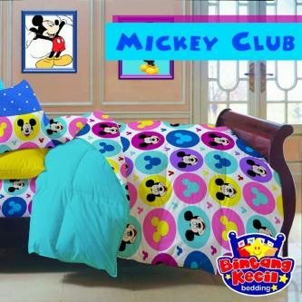 Sprei Star Mickey Club