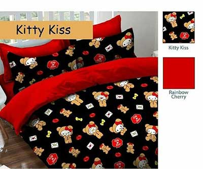 kitty-kiss-hitam